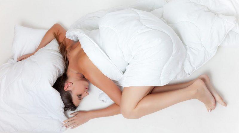6 soluciones naturales contra el insomnio y para promover un sueño reparador